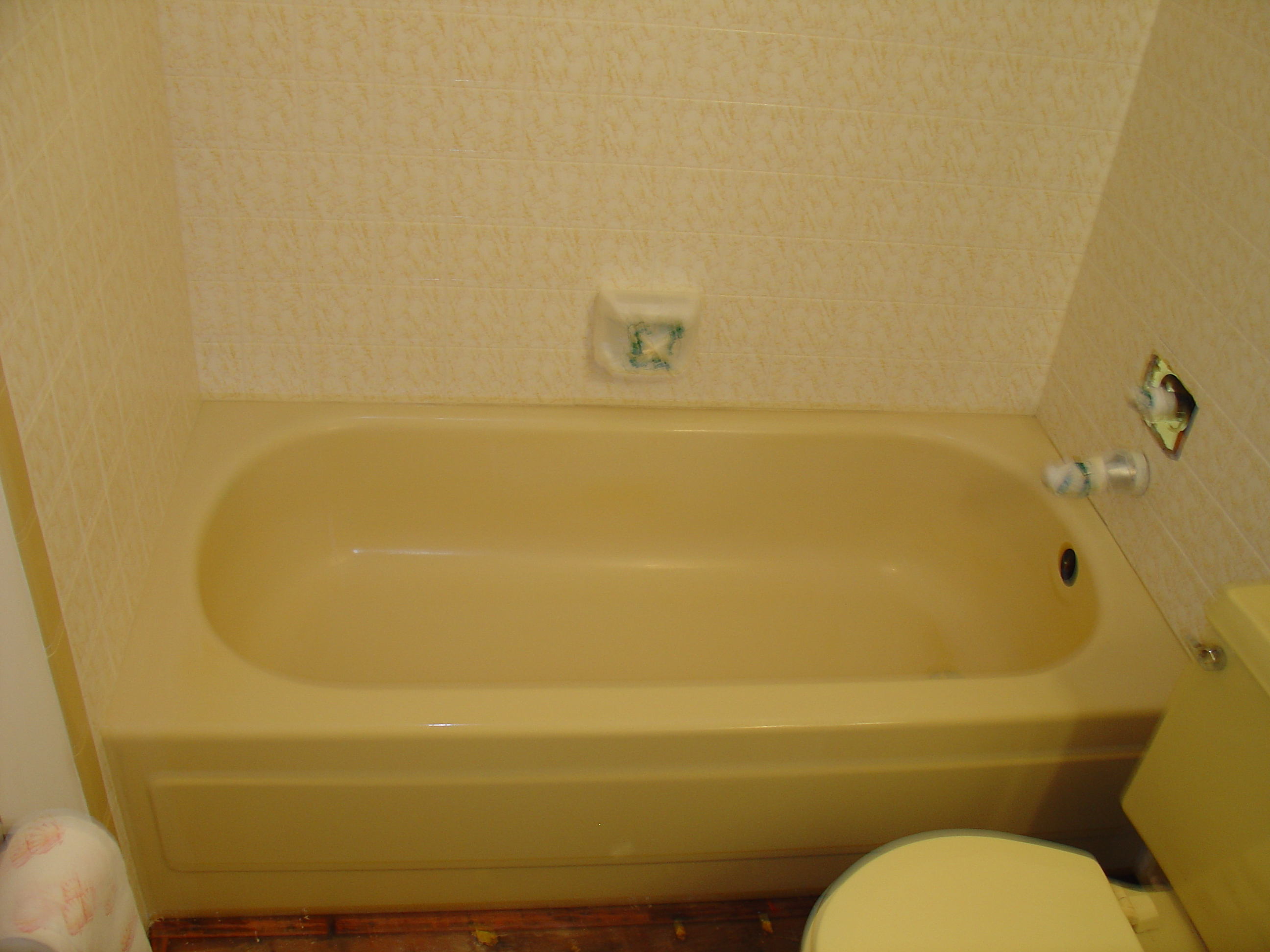 Bathtub reglazing refinishing bathtub liners st for Acrylic bathtub liners cost