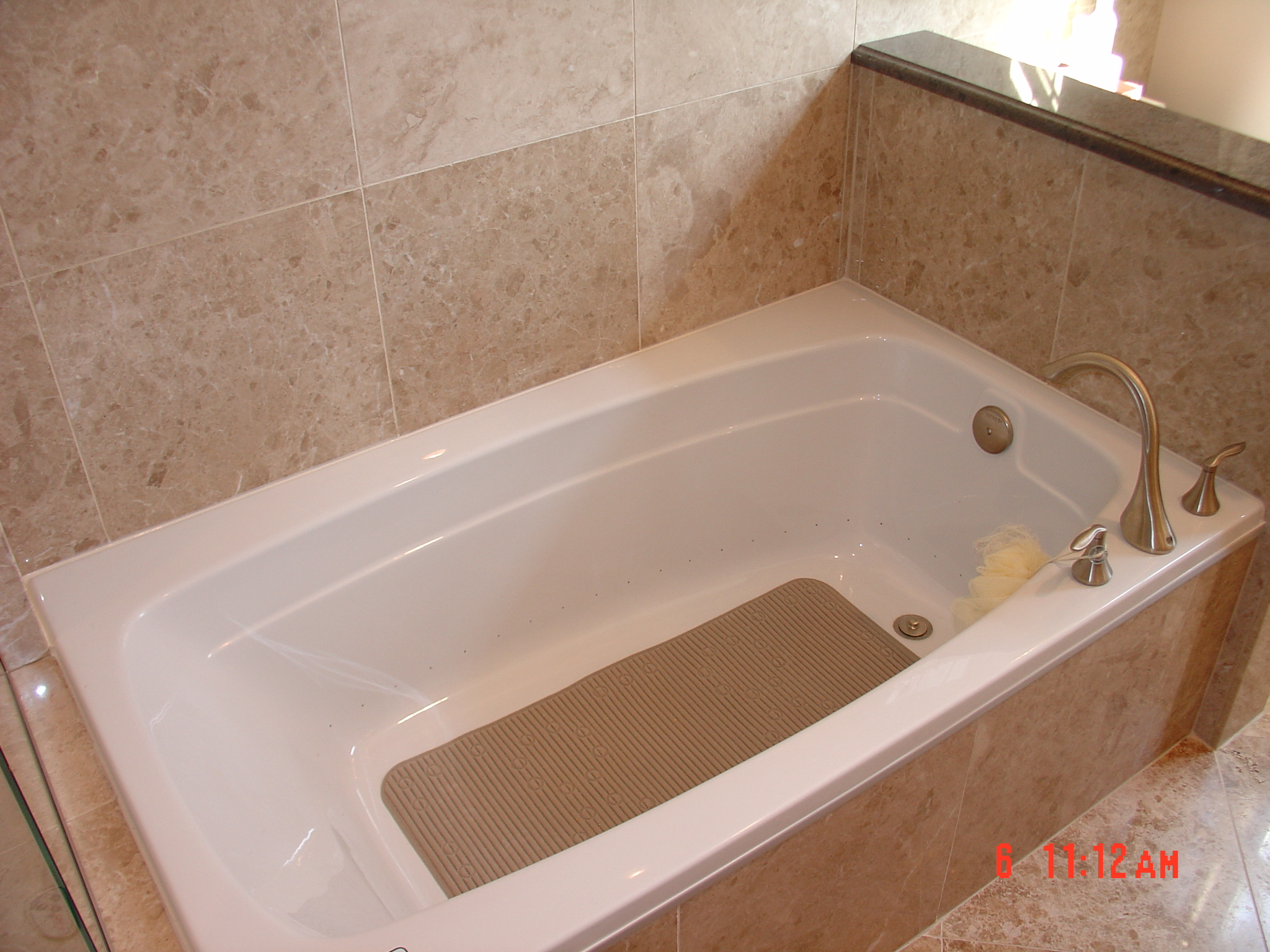 Bath remodeling bathtub reglazing bathtub liners st for Tub liner installation