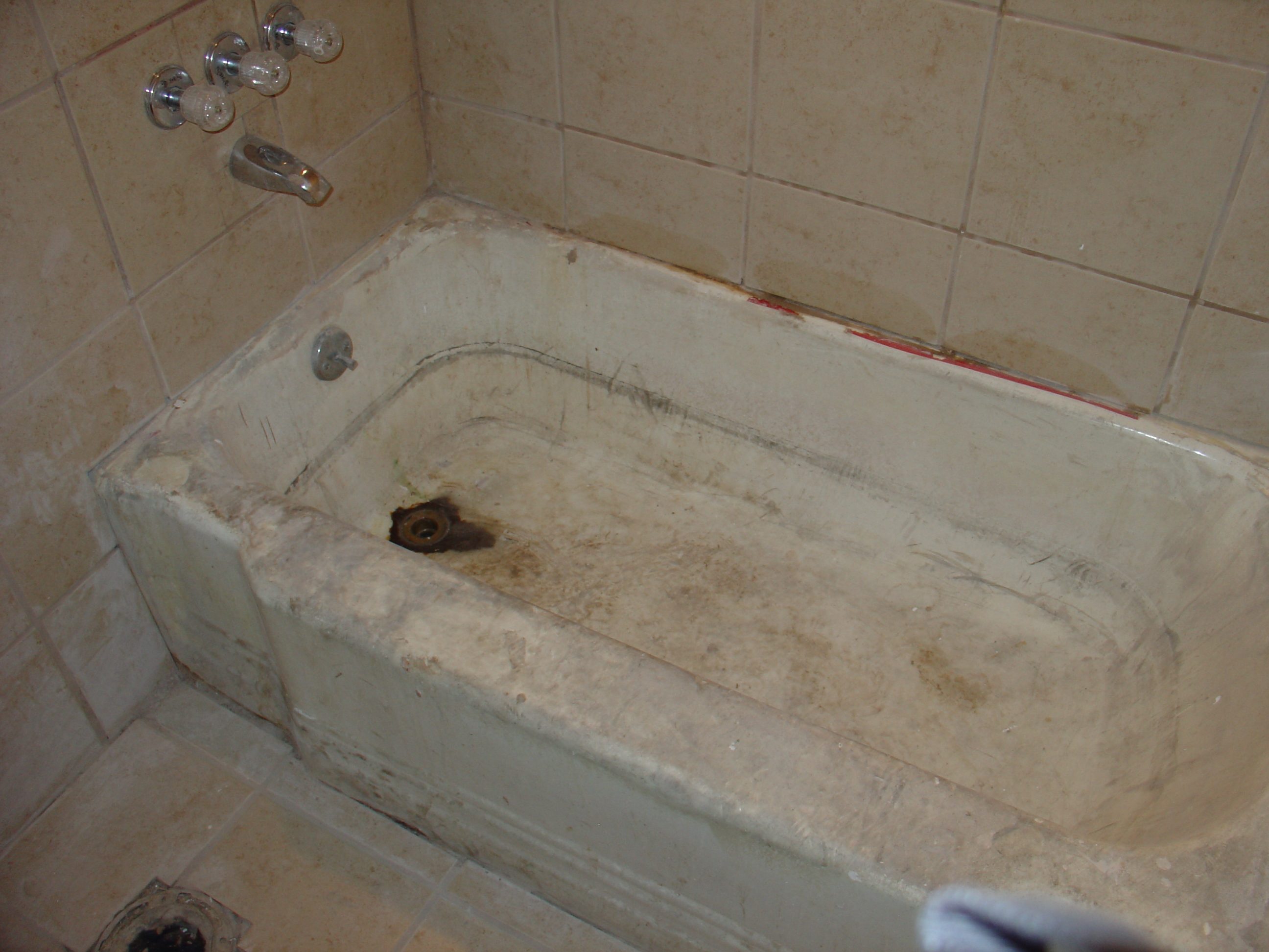bath tub reglazing resurfacing and refinishing liners missouri