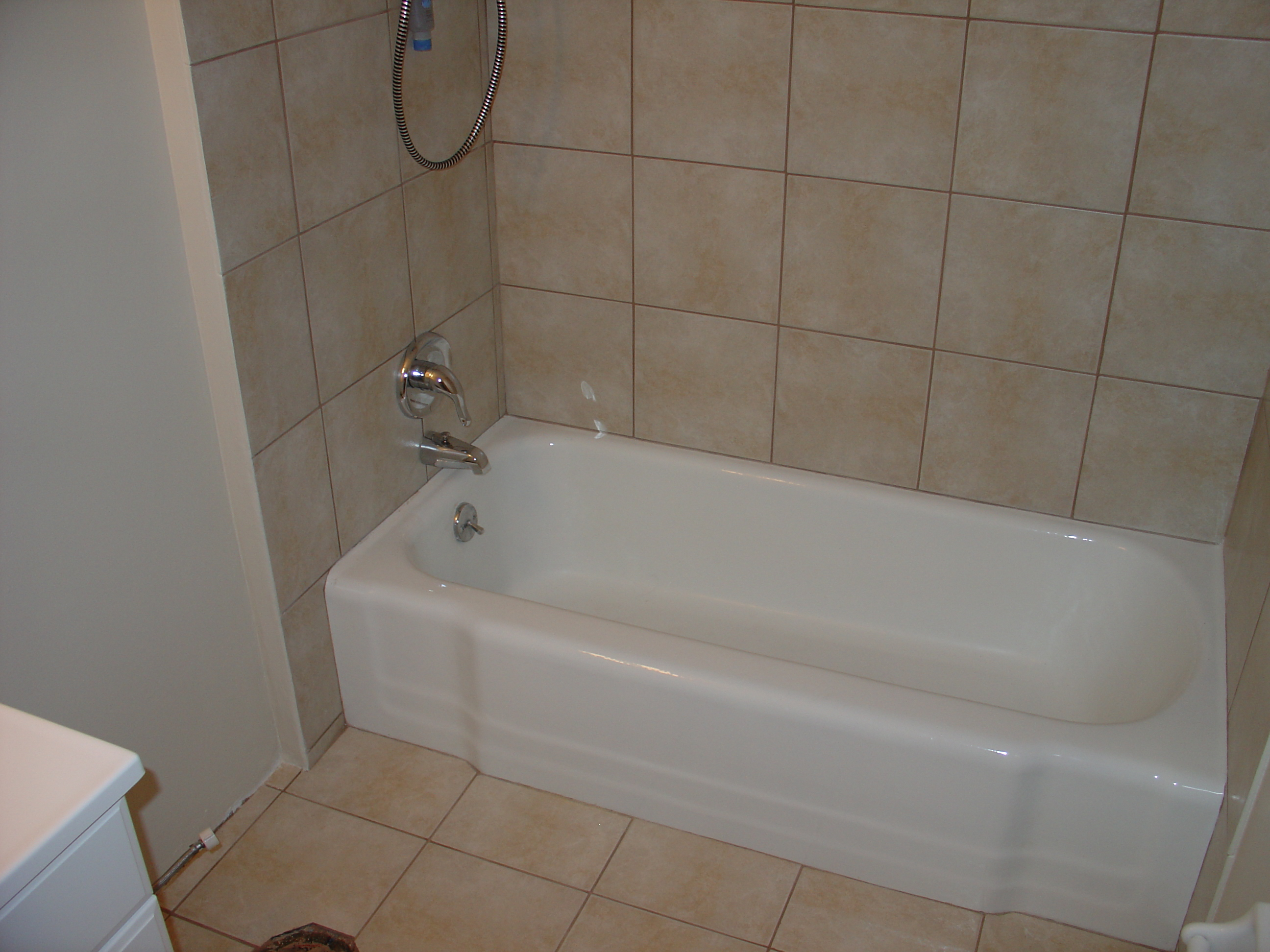 Beau Bathtub Refinishing